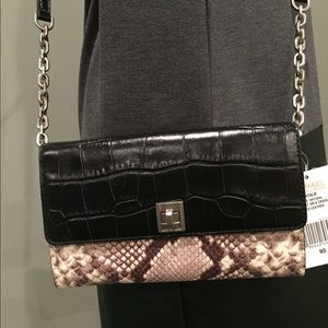 NWT Michael Kors Natalie XL wallet on chain